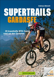 Cover Supertrails 8960 01